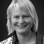 Eva Dietrich, Karlskron