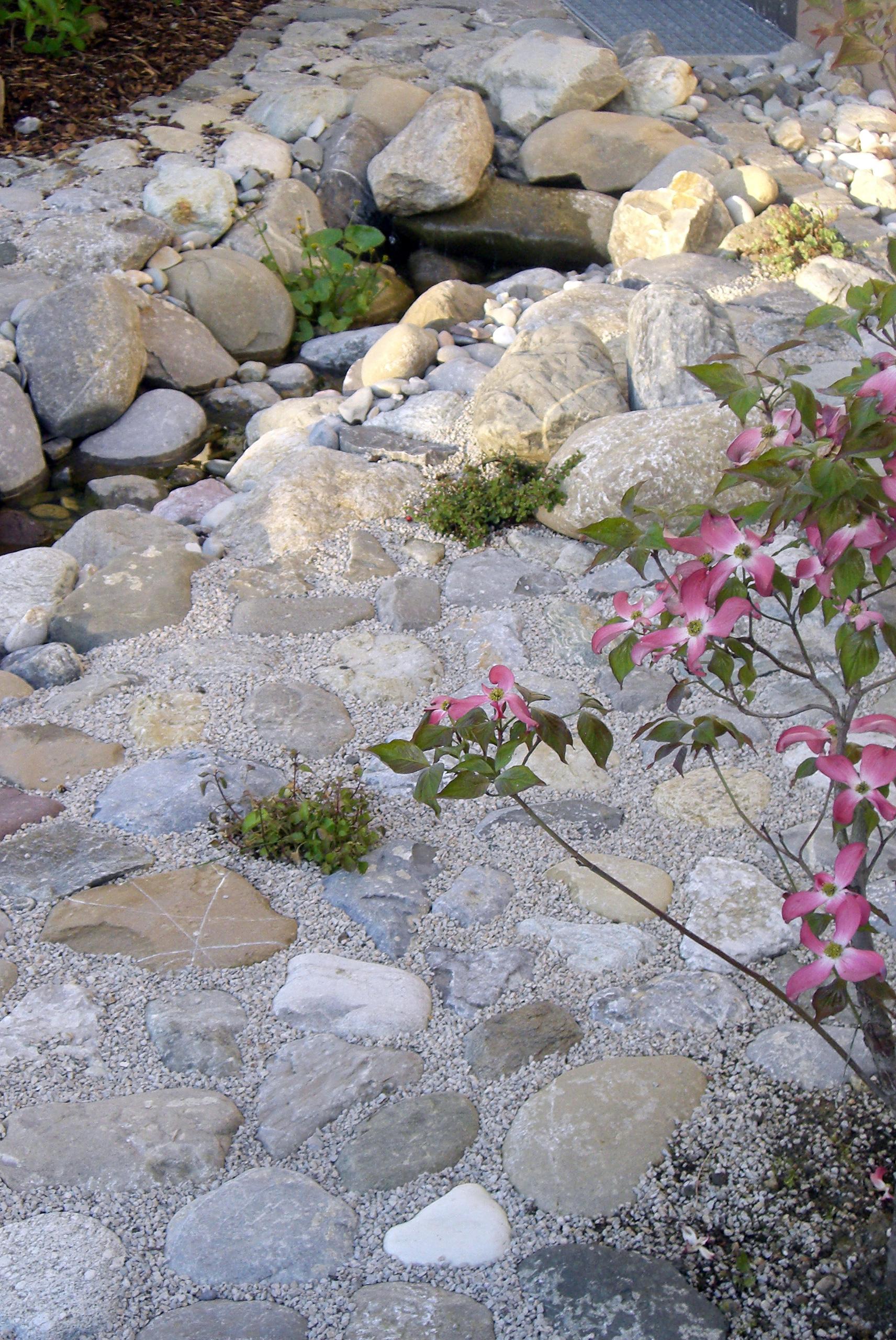 natürlicher bachlauf - tobisch gartengestaltung - Naturlicher Bachlauf Garten